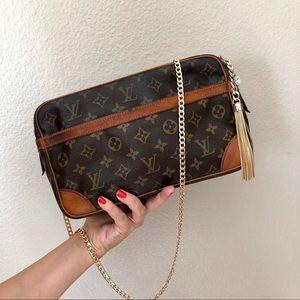 Louis Vuitton Monogram Compeigne 28 Bag Crossbody